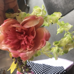 Chrysanthemum hair accessory